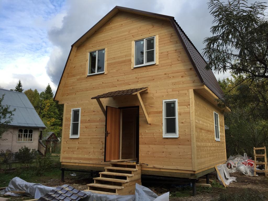 Как построить дачный дом на винтовых сваях